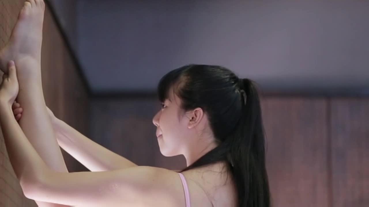 c2 - School Girl 空 −溝口恵−