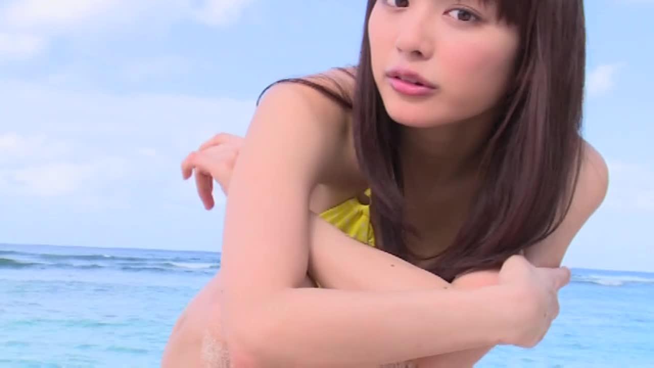 c2 - DokkiRIO / 内田理央