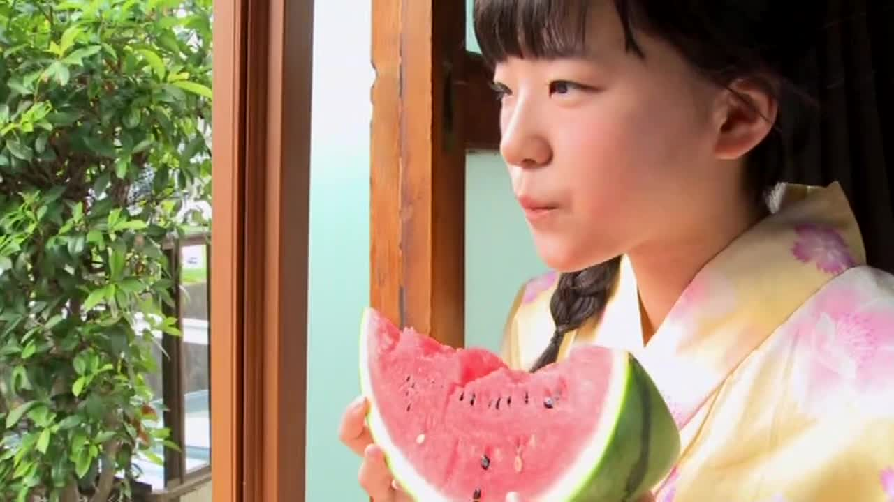 c4 - 秋桜 太田和さくら