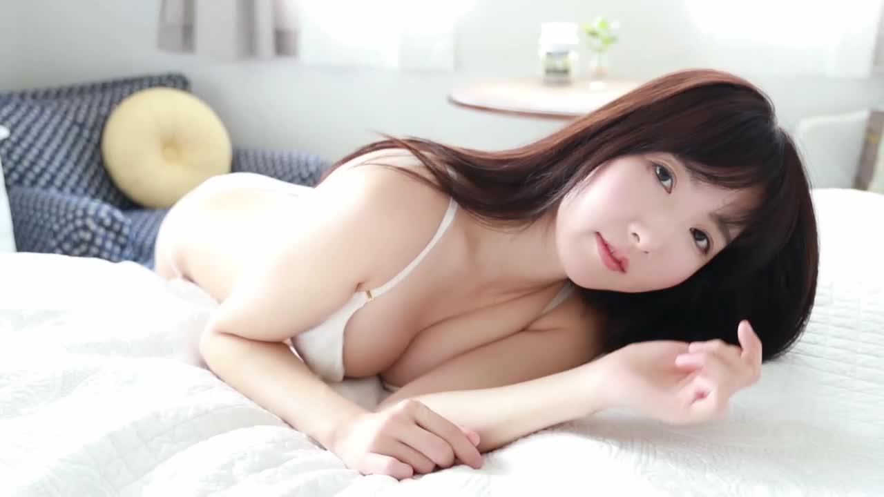 LEE LYN / イ・リン