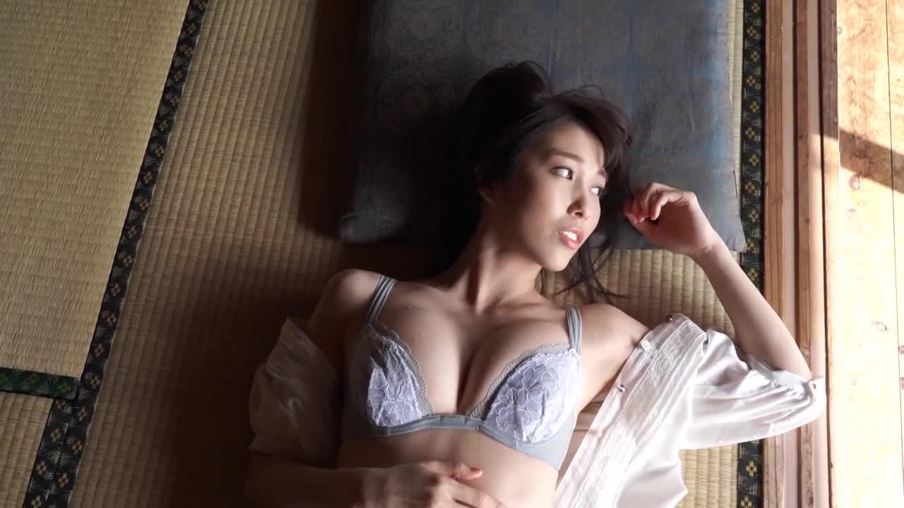 Glossy 秦瑞穂 6