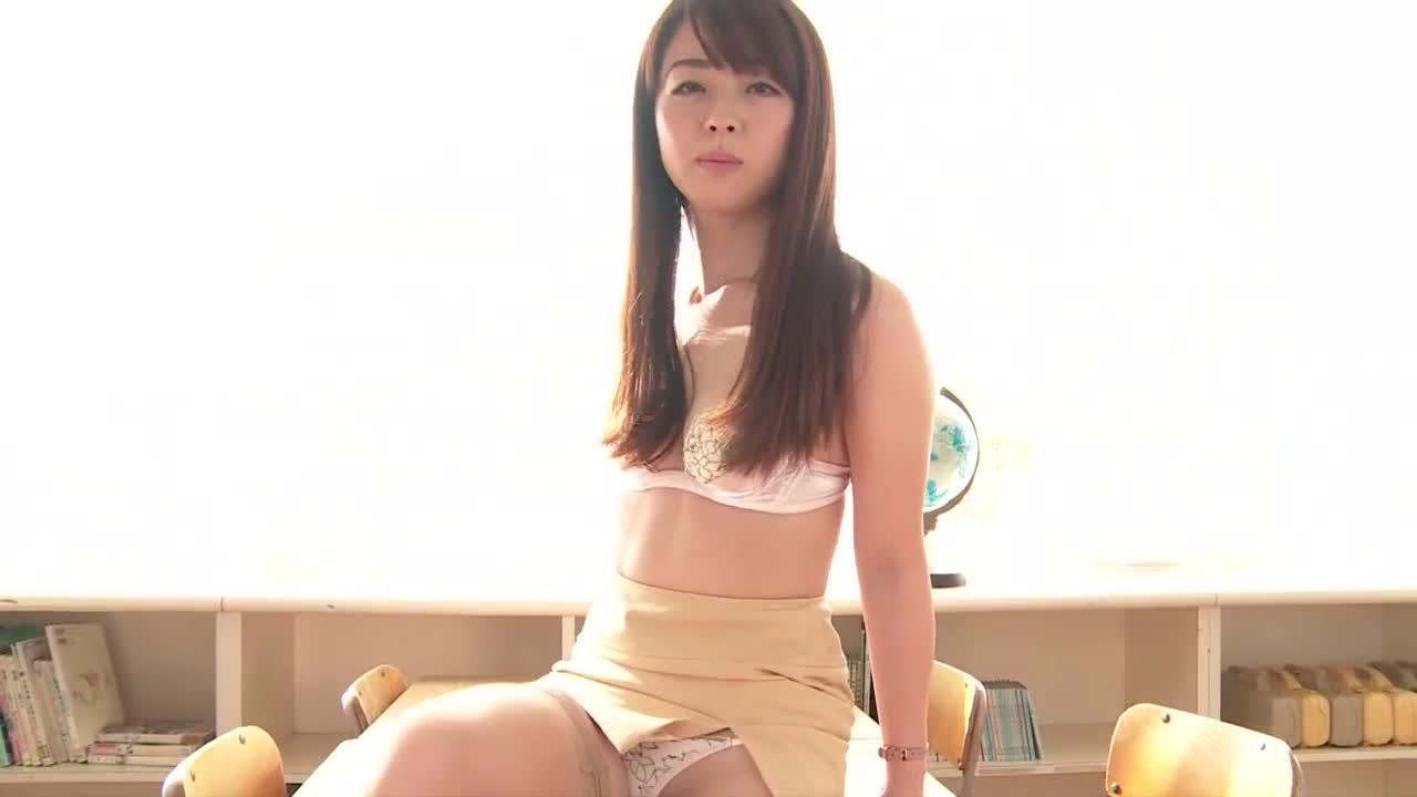 c3 - 祥子  誘う女