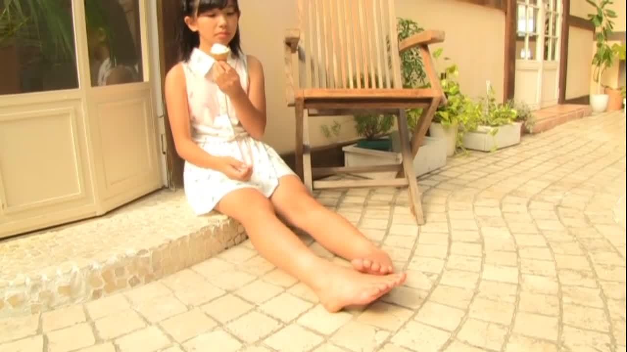 c13 - 相良あゆ 14歳 美少女は純真JC