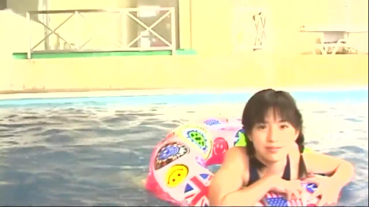 c7 - 田代ルナ / 可愛すぎる正統派アイドル、ルナの海岸日記