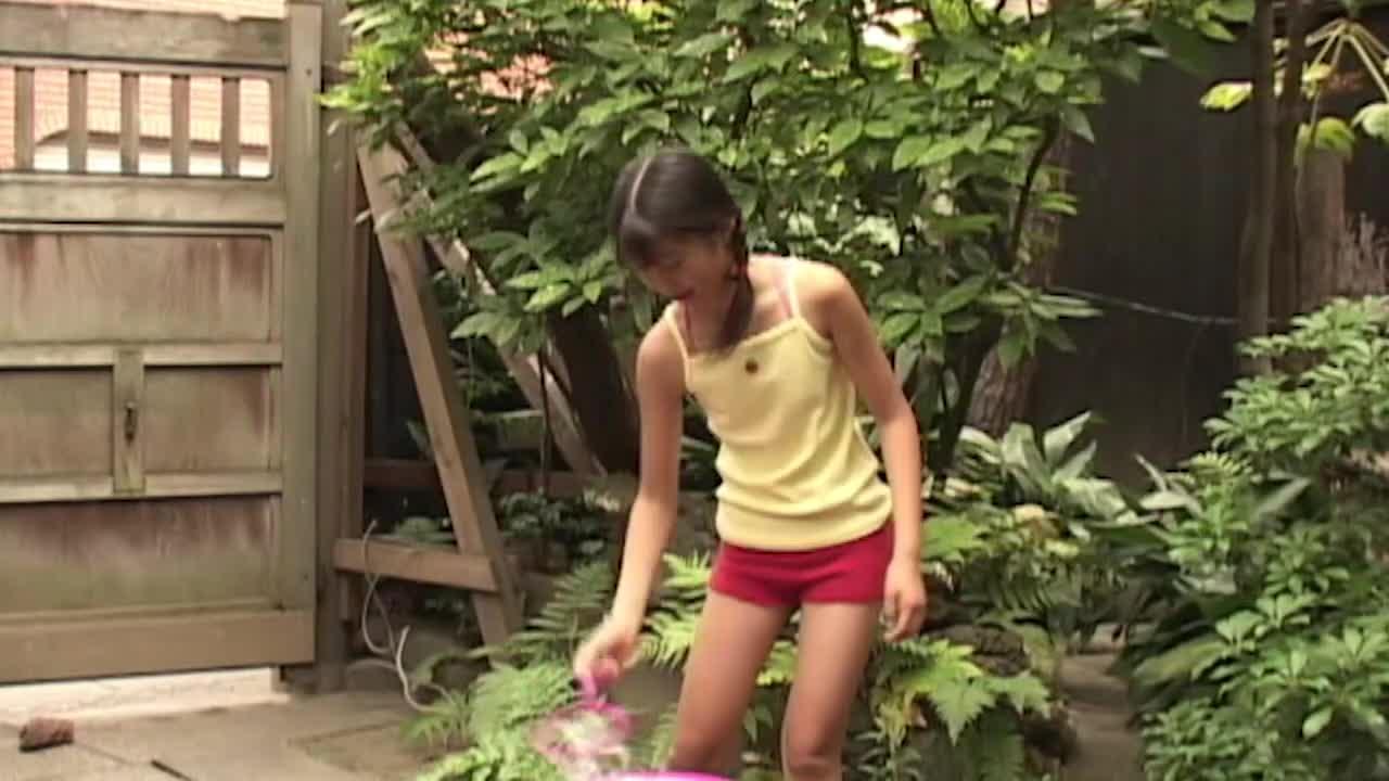 石田知恵子/恥ずかしがり屋な女の子 16