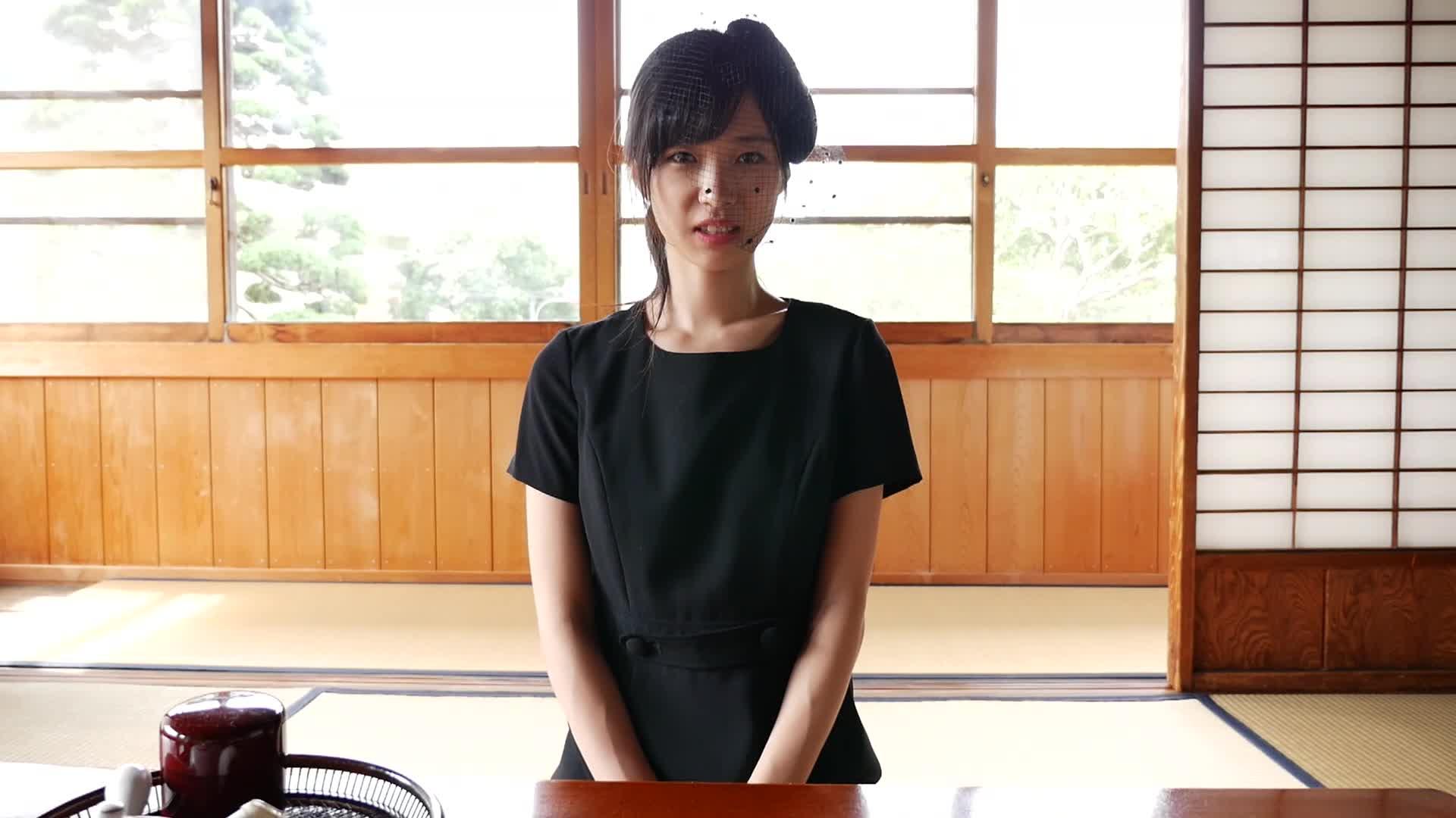 c15 - みすど 魅惑の透明感/宮脇麻那