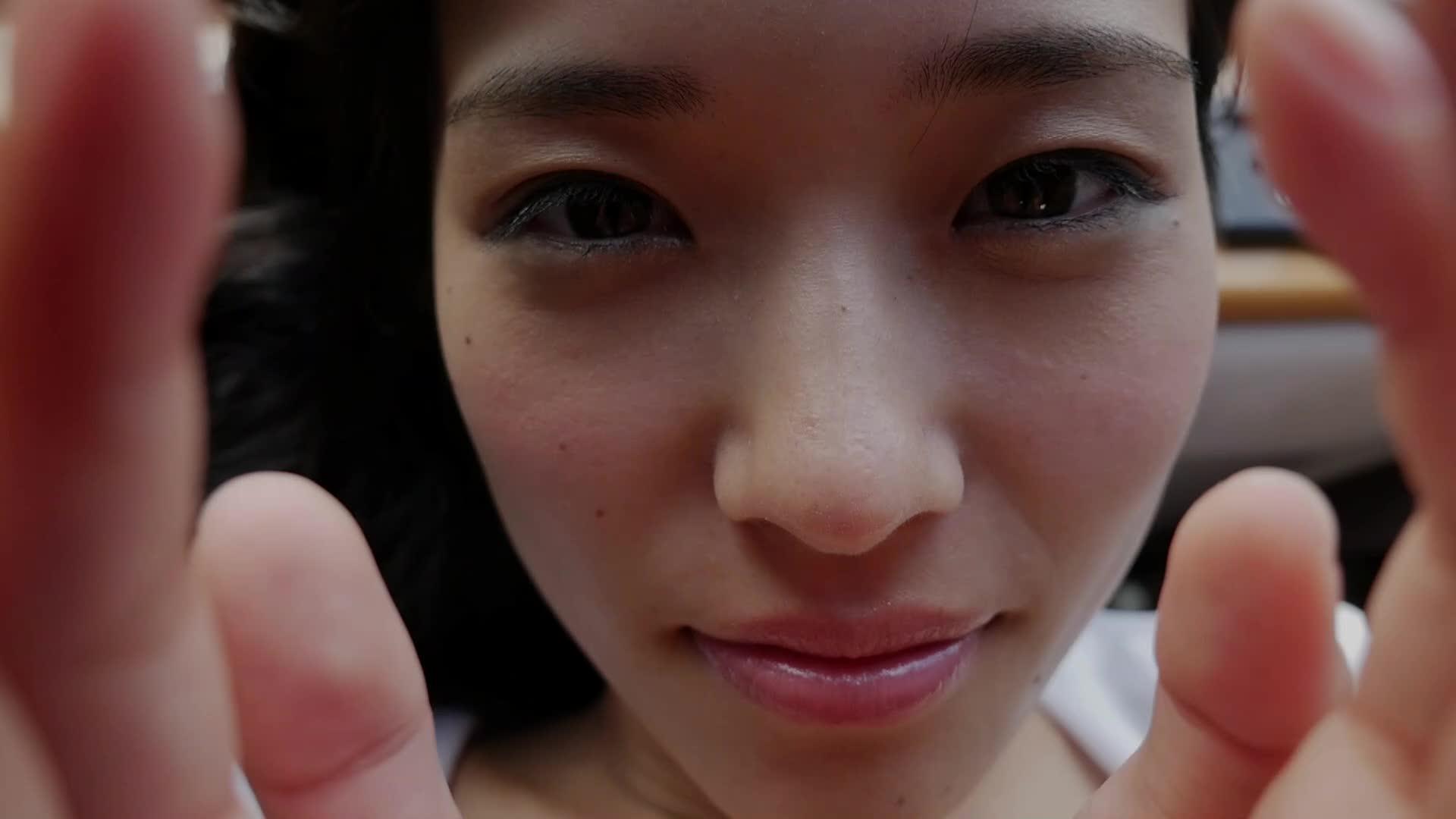 c8 - みすど 魅惑の透明感/宮脇麻那