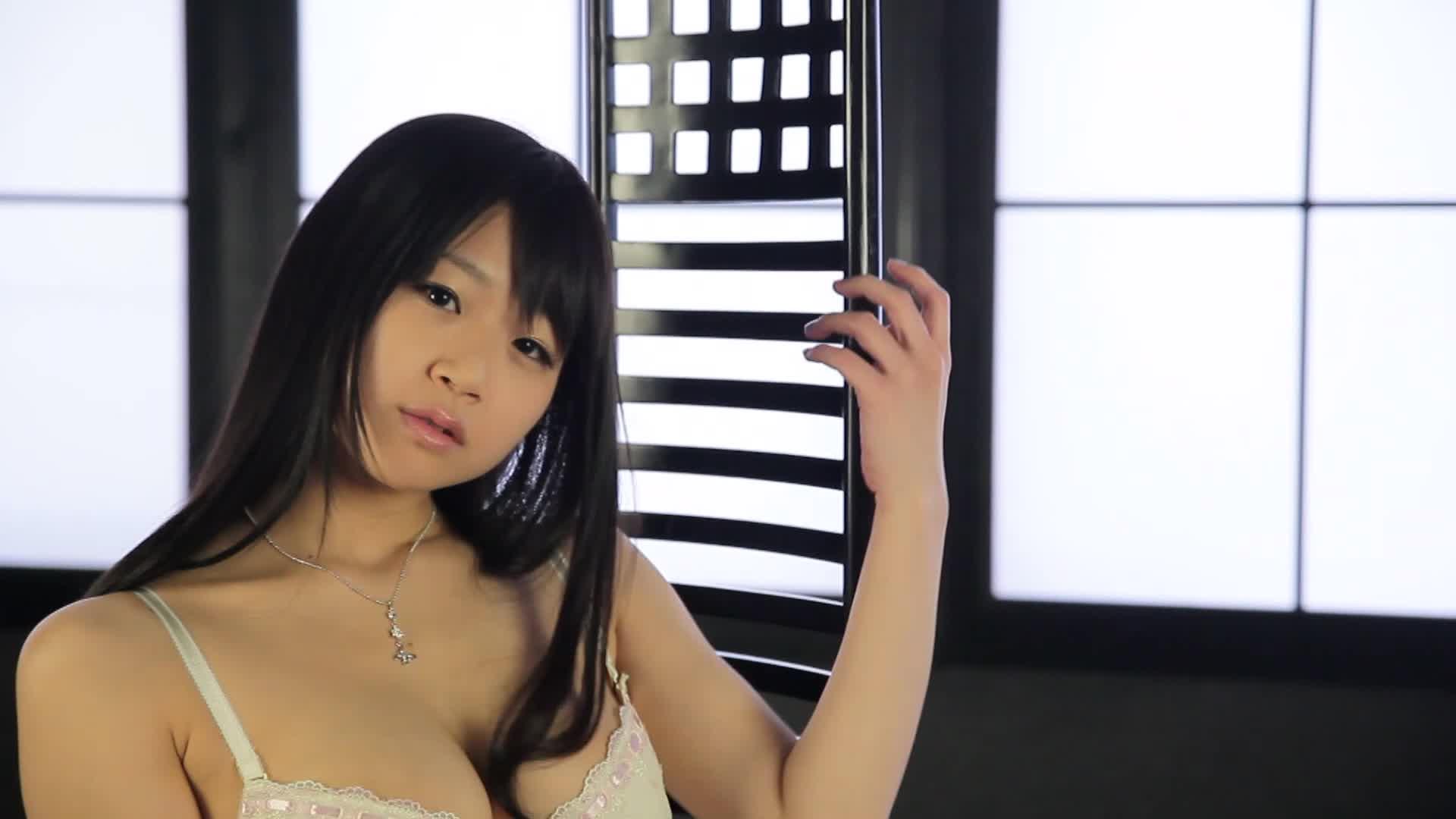c13 - Nice Touch 〜触りたくなる一眼レフムービー〜/水月桃子