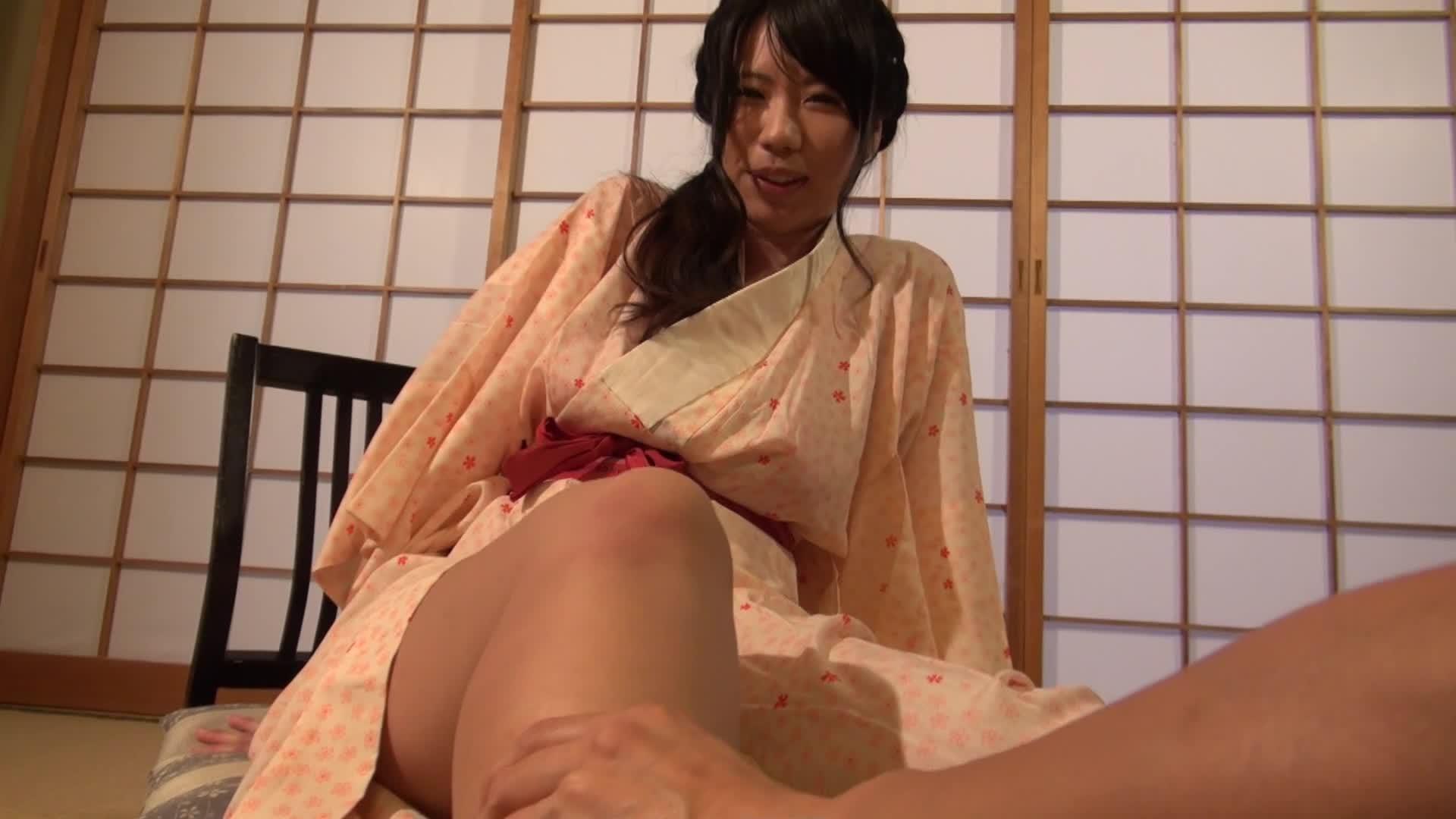 c11 - 102センチの恋旅行/桃瀬ゆき