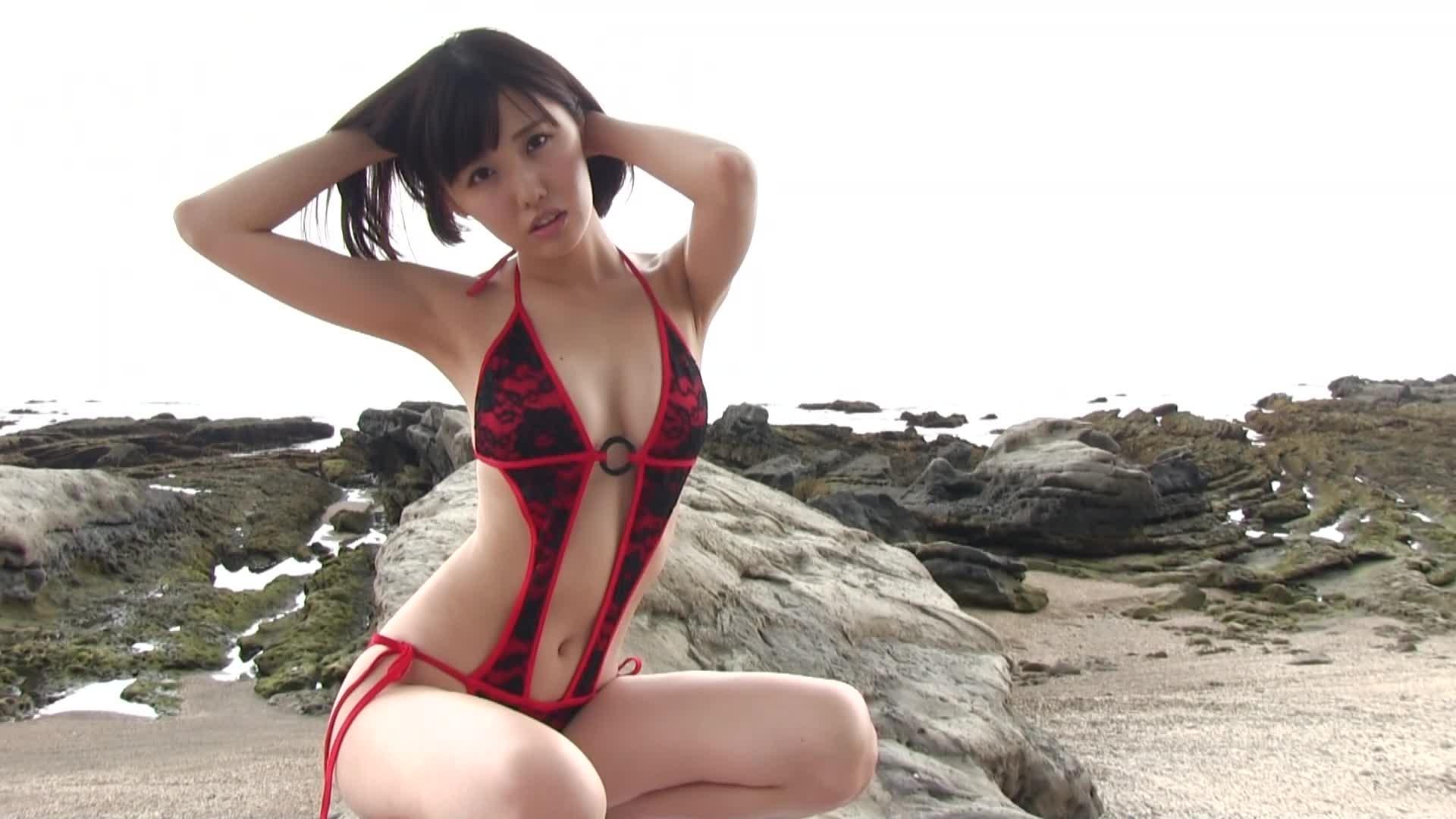 c8 - ひとりバカンス/稲森美優