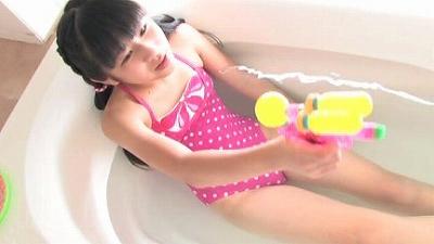 Moecco ももいろの春   ジュニアアイドル動画
