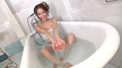 c16 - 初愛〜first love〜/伊東愛