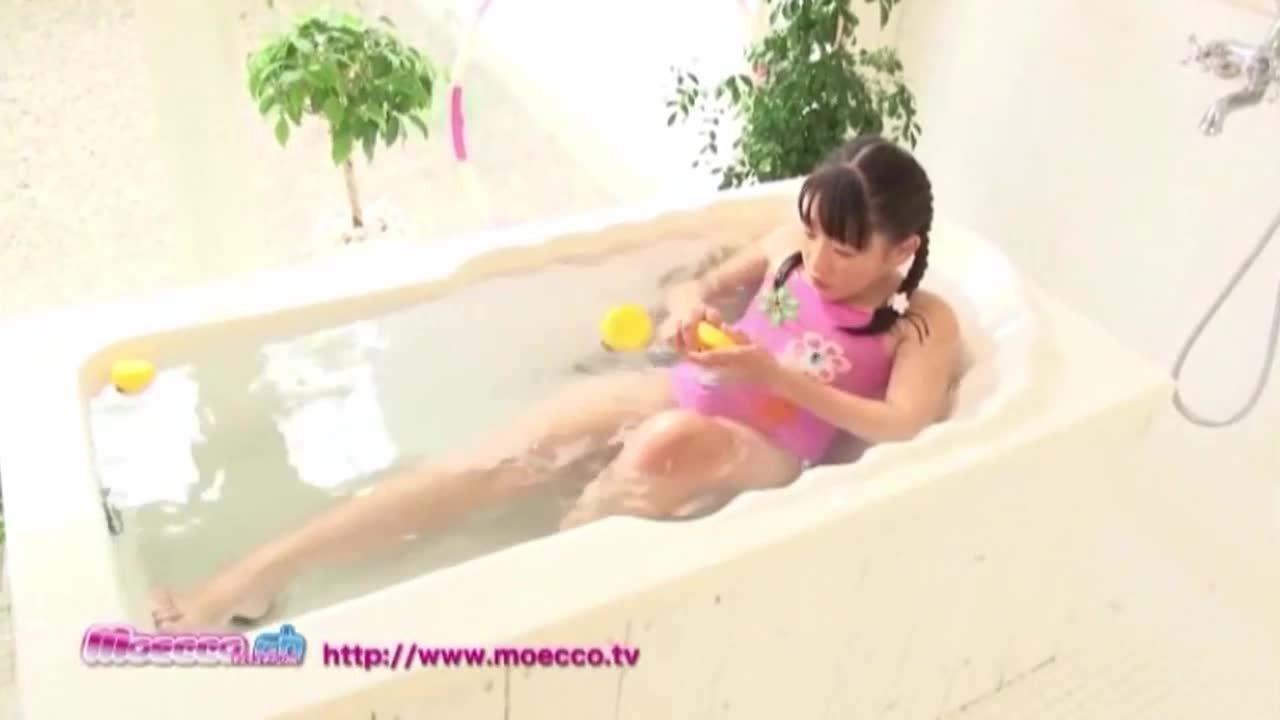 moecco Enjoy Splash エンジョイスプラッシュ 素肌を彩るしずくのキラメキ 11