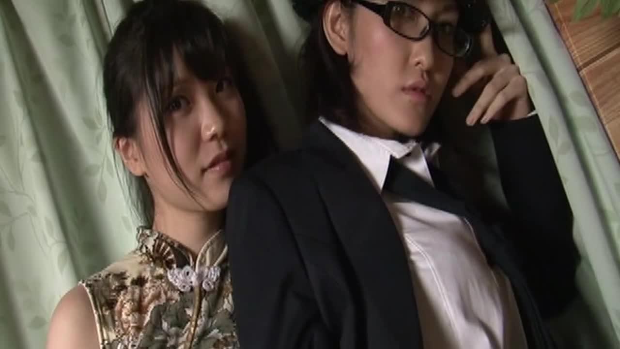 美少女にプロレスしてもらいました♪ 矢島潤奈・中平あや 11