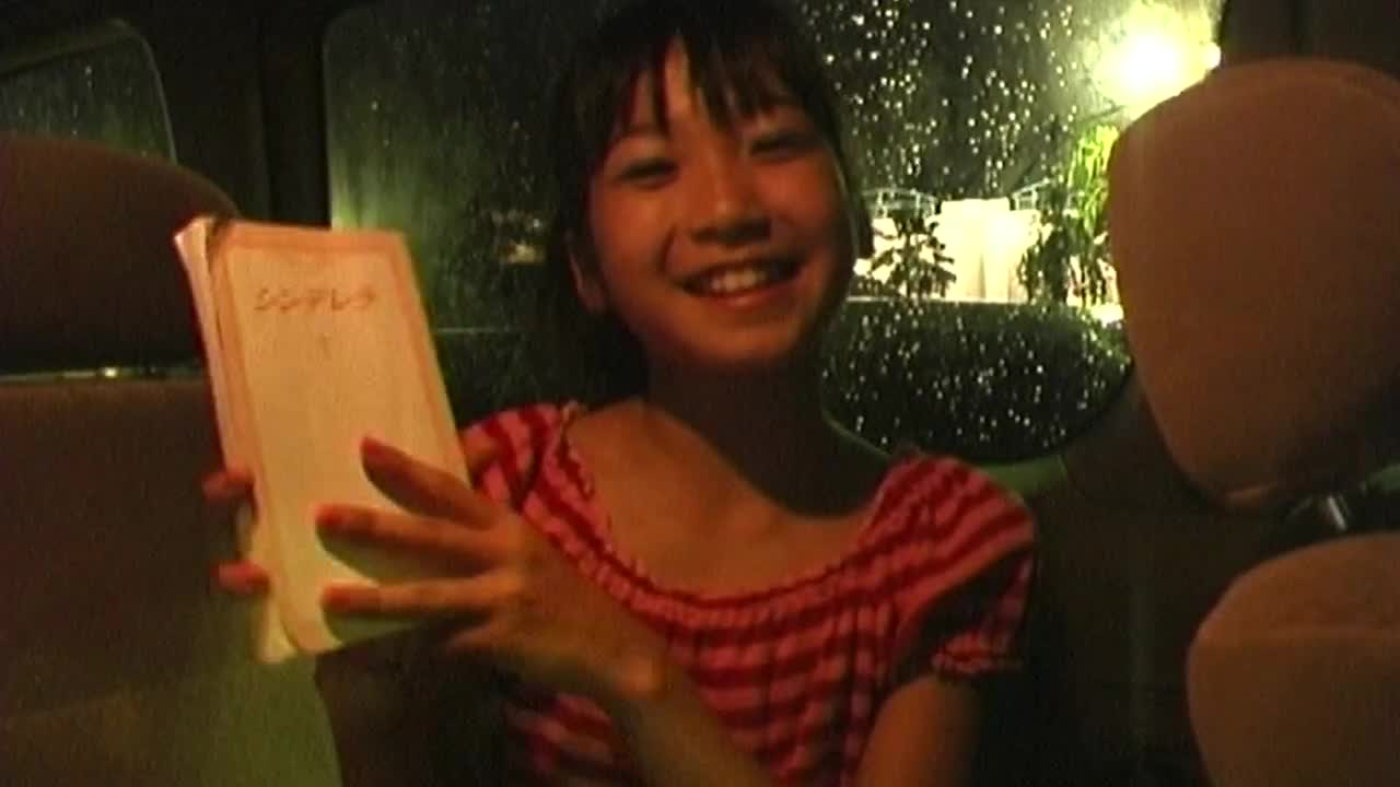LittleVenus No.1 佐伯彩果 12